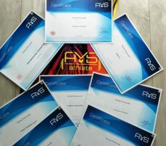Międzynarodowe uprawnienia i certyfikaty